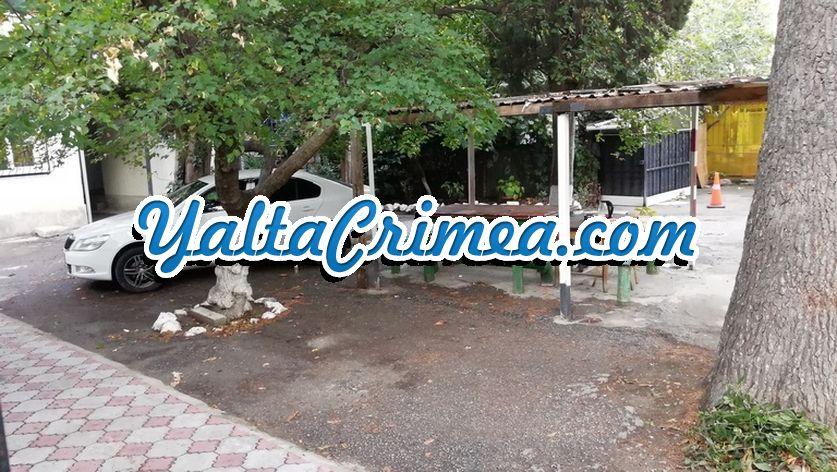 № 6 ул. Архивная 4 (р-н Приморского пляжа), Ялта