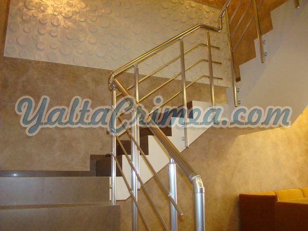 № 127 Студия в гостевом доме на Морской (1-й номер), Ялта